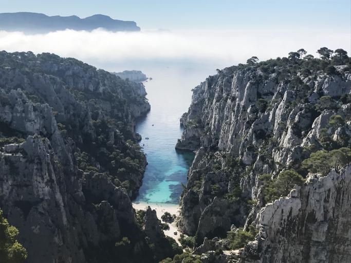 secteurs d'escalade, de grimpe et de randonnée dans les calanques, la calanque d'en vau