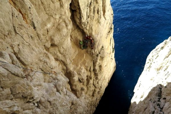 escalade terrain d'aventurecalanques marseille cassis